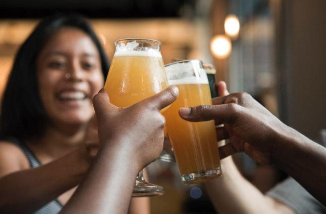Vale a pena parar de beber? 10 motivos e 1 dica super especial!